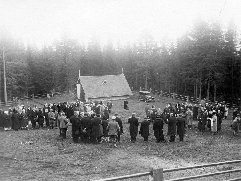 Pitkäniemen hautausmaa 1900-luvun alussa.