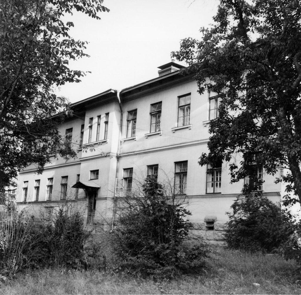 Rakennus 14 julkisivu vuonna 1967.